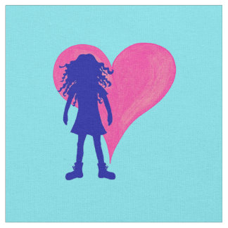 長いカーリーヘアーおよび大きいハートの青い女の子 ファブリック