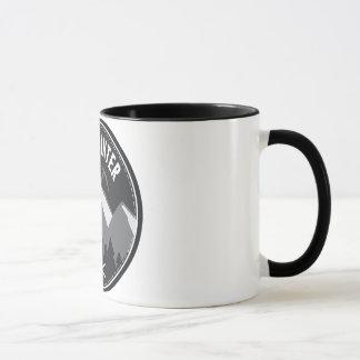 長い冬のロゴ マグカップ