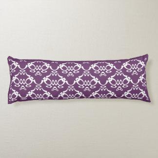 長い紫色の枕 ボディピロー