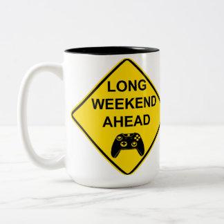 長い週末の前方にマグ(賭博) ツートーンマグカップ