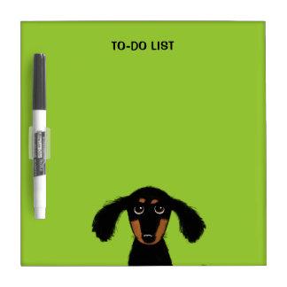 長い髪のダックスフントの子犬 ホワイトボード