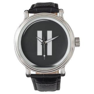 長く扱いにくい休止の腕時計 腕時計