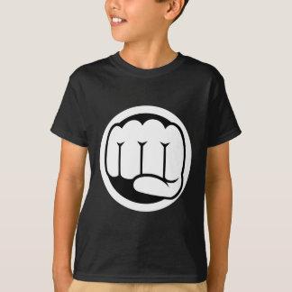 長所の握りこぶし Tシャツ