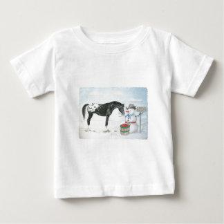 長方形雪だるまを持つAppaloosaの馬 ベビーTシャツ