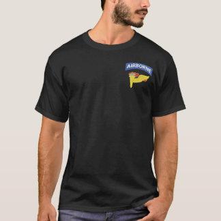 開拓者の空爆のTシャツ Tシャツ