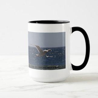 間抜けなカモメの大きいマグ マグカップ