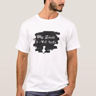 間接リンクの黒および灰色 Tシャツ