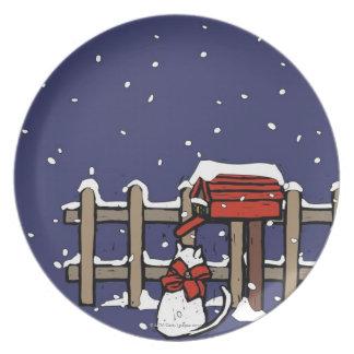 降雪のポストの近くに坐っている猫 プレート