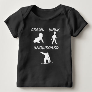 除行の歩行のスノーボード ベビーTシャツ