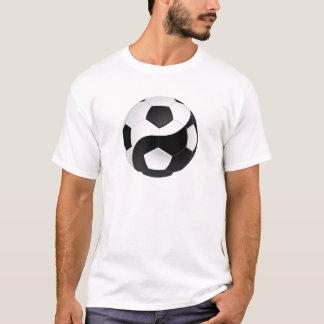 陰陽のサッカー Tシャツ