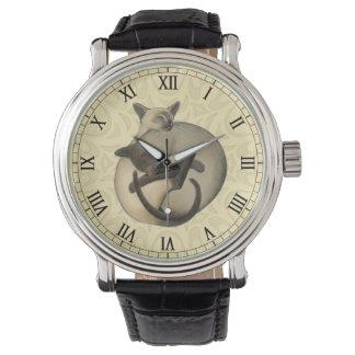 陰陽のシャム猫の腕時計 腕時計
