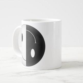 陰陽のスマイリー ジャンボコーヒーマグカップ
