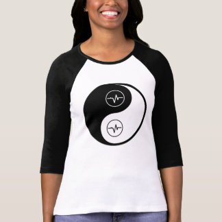 陰陽の生物医学的なエンジニアリング Tシャツ
