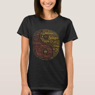 陰陽の精神的な単語の芸術 Tシャツ