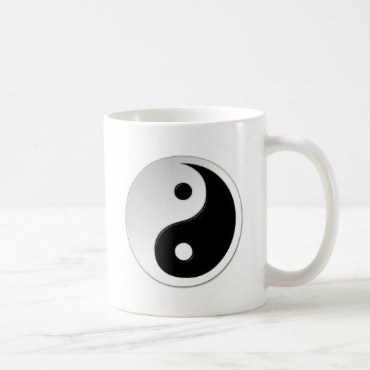 陰陽の記号のコーヒー・マグ コーヒーマグカップ