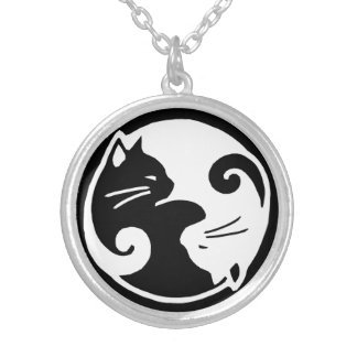 陰陽猫の中型の円形のネックレス シルバープレートネックレス