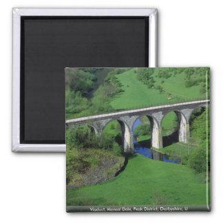 陸橋、Monsal Daleのピーク地区、ダービーシャー、U マグネット