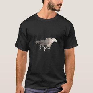 険しい競馬 Tシャツ