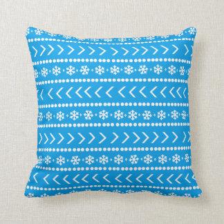 険しい雪の枕-青 クッション