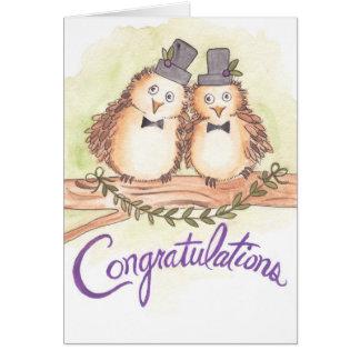 陽気な結婚式のためのお祝いのフクロウ カード