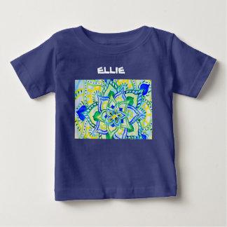陽気な花の水彩画の曼荼羅 ベビーTシャツ
