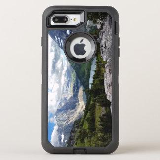 隠された湖はグレーシャー国立公園モンタナを見落とします オッターボックスディフェンダーiPhone 8 PLUS/7 PLUSケース