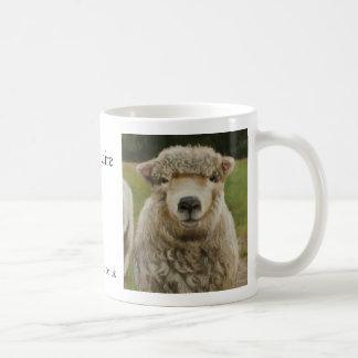 雌ヒツジはだれであるか! 、thepastelartist.co.uk、ニナS… コーヒーマグカップ