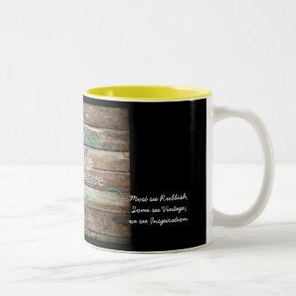 雑多品および回復のコーヒー・マグ ツートーンマグカップ