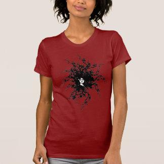 雑草の女性 Tシャツ