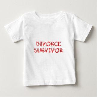 離婚の生存者- 1 -赤 ベビーTシャツ
