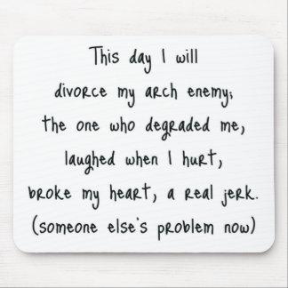 離婚の記念品の日 マウスパッド