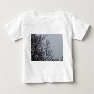 雨の日 ベビーTシャツ