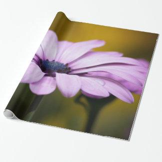 雨の花の低下 ラッピングペーパー