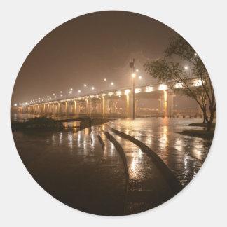 雨軽い夜 ラウンドシール