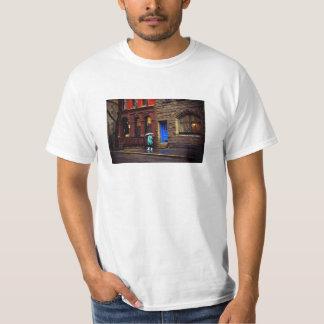 雨-グリニッチビレッジ-ニューヨークシティ Tシャツ