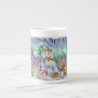 雪だるまのクリスマスのマグ ボーンチャイナカップ