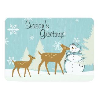 雪だるまの休日の挨拶状を持つ森林シカ カード
