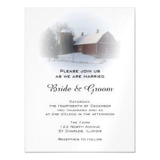 雪で覆われた国の納屋およびサイロの冬の結婚式 マグネットカード