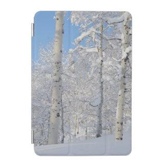 雪で覆われた《植物》アスペン、Beartrap荒廃リッジ iPad Miniカバー
