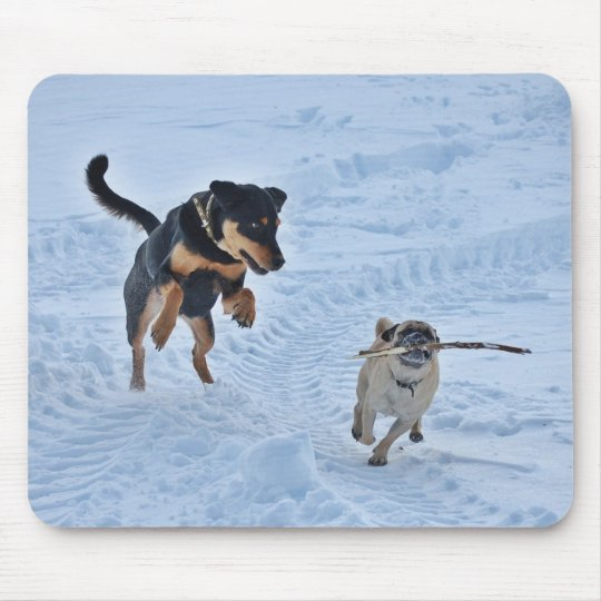 雪で遊ぶこと マウスパッド