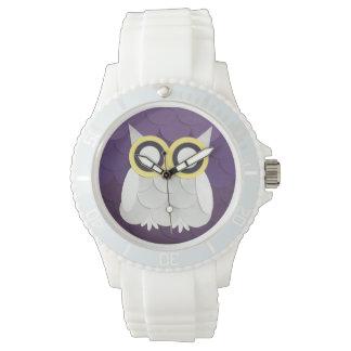 雪のフクロウ 腕時計