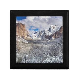 雪のヨセミテの谷 ギフトボックス