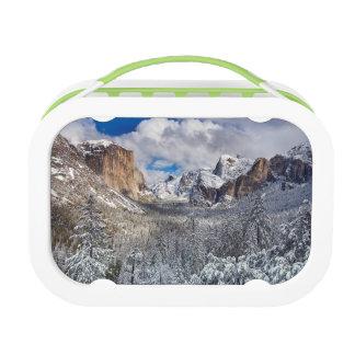 雪のヨセミテの谷 ランチボックス