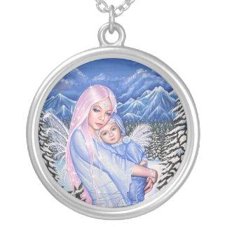 雪の天使 シルバープレートネックレス