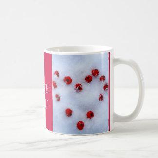雪の果実のハート コーヒーマグカップ