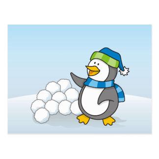 雪の球の振ることを用いる小さいペンギン ポストカード