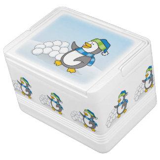 雪の球の振ることを用いる小さいペンギン IGLOOクーラーボックス