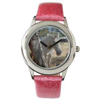 雪の白馬、女の子のピンクのグリッターの腕時計 腕時計