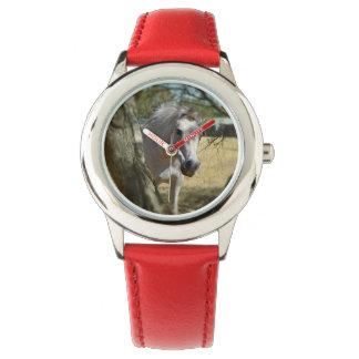 雪の白馬、子供の赤い革腕時計 腕時計