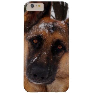 雪の美しいジャーマン・シェパード BARELY THERE iPhone 6 PLUS ケース